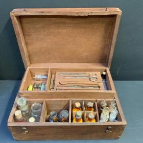 Coffret de médecin de campagne XIXème