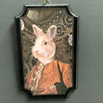 Médaillon anthropomorphique par John Byron - Easter Rabbit - Lapin