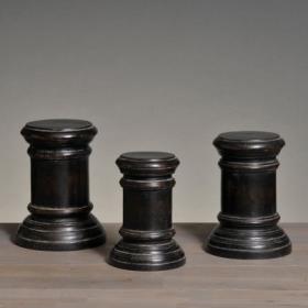 Wooden round display