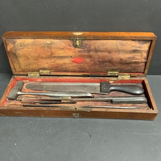 Postmortem cabinet of XIXth century - Maison Charrière (1851)