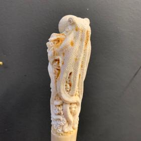 Rostre de marlin sculpté à la pieuvre - Papouasie