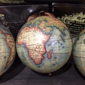 Petit Globe Vaugondy à suspendre