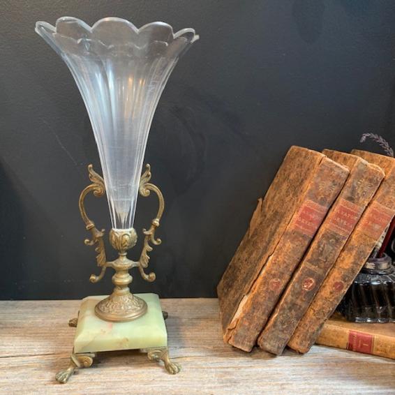 Vase cornet en cristal sur base en marbre d'onyx et bronze - Centre de table XIXème