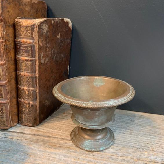 Bronze cup - ostrich egg holder