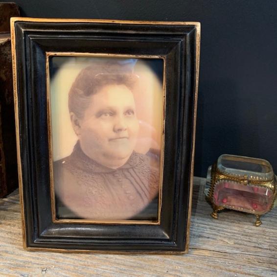Haunted frame: Aunt Bertha (black rectangle)