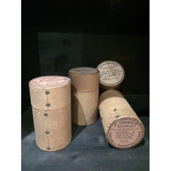 Phonograph cylinder