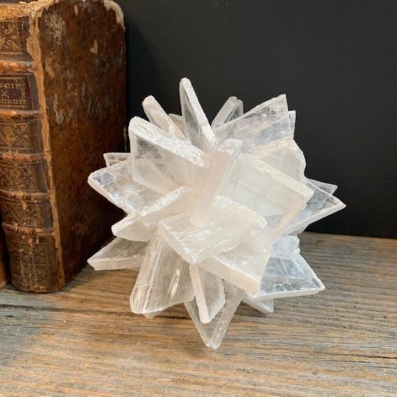 Rock crystal on turned wooden base