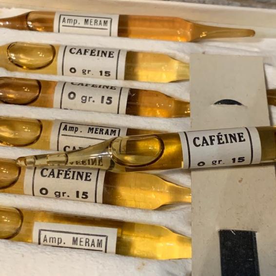 Bulb for hypodermic injection - Caffeine (circa 1920)- MERAM