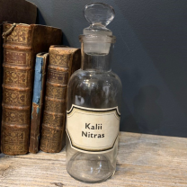 Pharmacy jar: Kalii Nitras. - Potassium Nitrate