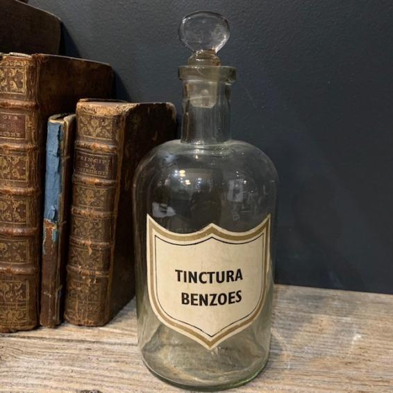 Pharmacy jar: Tinctura Benzoes - Benzoin tincture