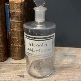 Pharmacy jar: Alcohol: Labiar Comp.