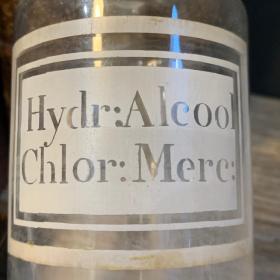 Pharmacy jar: Alcohol: mercury hydrochloride