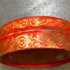 Vaseline La Préférée - Rouge - boîte métallique ancienne