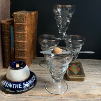Antique absinthe glass: Glass with beads and golden fillet - Pastis