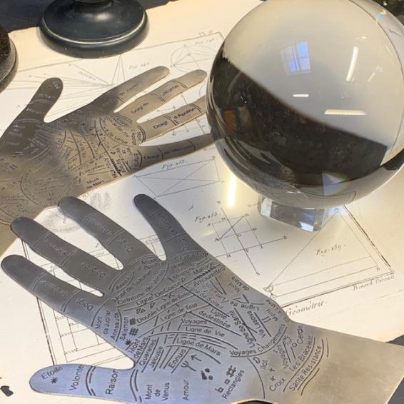 Hand of metal palmistry