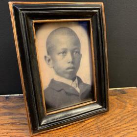 Haunted frame: Little Mathias (black rectangle)