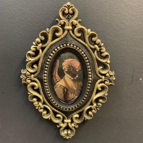 Victorian Medallion by John Byron - Pangolin