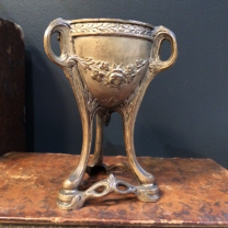 Coupe en bronze - Motif à la rose - Art Déco
