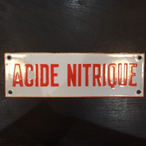 "Enamel plate ""NITRIC ACID"" in red"