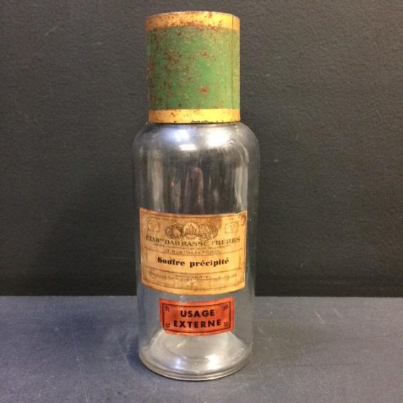 Pharmacy jar: Souffre précipité